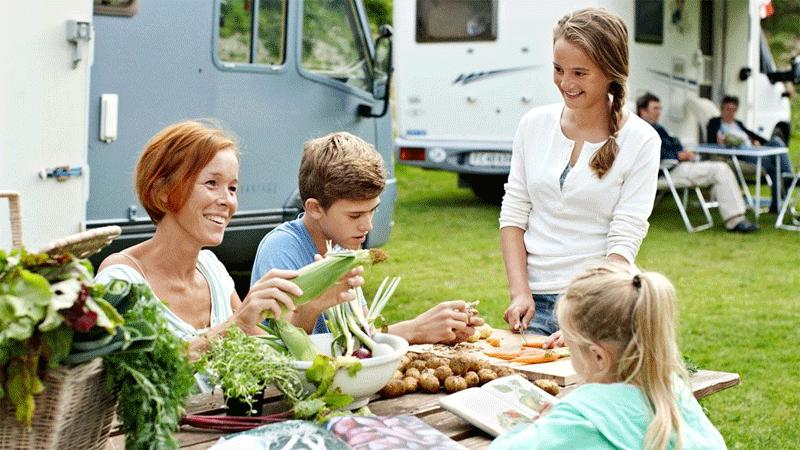 Neue Camping Saison in Dänemark -Blaues Campen